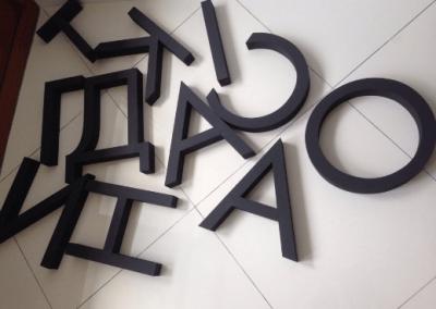 litery-przestrzenne-8